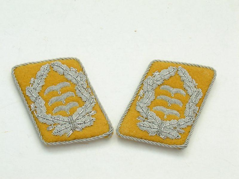 WW2 German Luftwaffe Colonel Collar Tabs